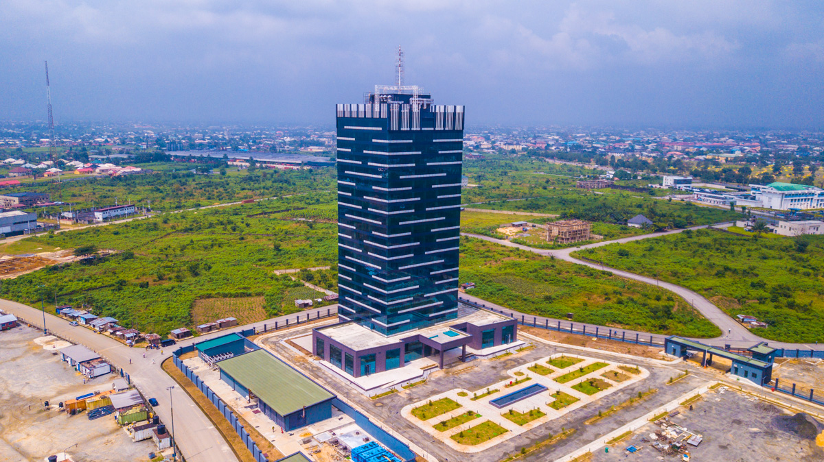 Twenty-One Storey Building - Dakkada Towers